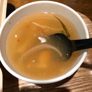 海鮮トムヤムスープ