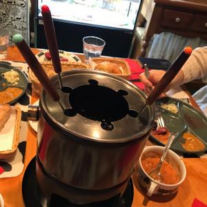 オイルフォンデュの鍋