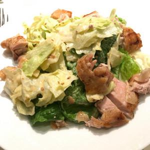 ハーブ鶏のシーザーサラダ