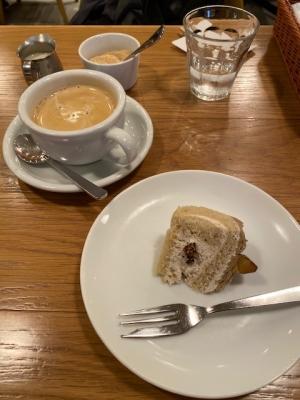 ミニデザートとコーヒー