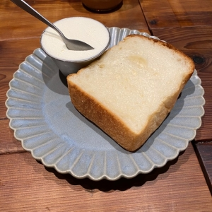 ワンハンドレッドのトースト